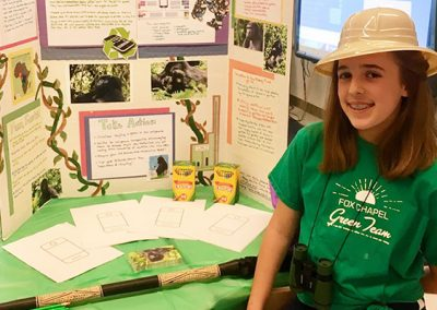 Addison talking gorillas at her school's STEM night